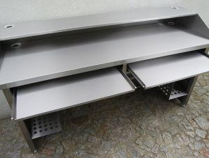 Biurka i stanowiska komputerowe ze stali nierdzewnej