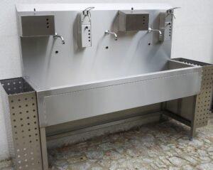 Panele higieniczne, zlewy rynnowe, umywalki